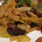 Очень вкусная тушеная капуста с рисом и грибами